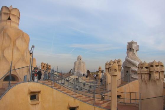 Gaudi Houses 06