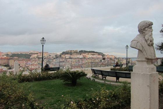 Views 06