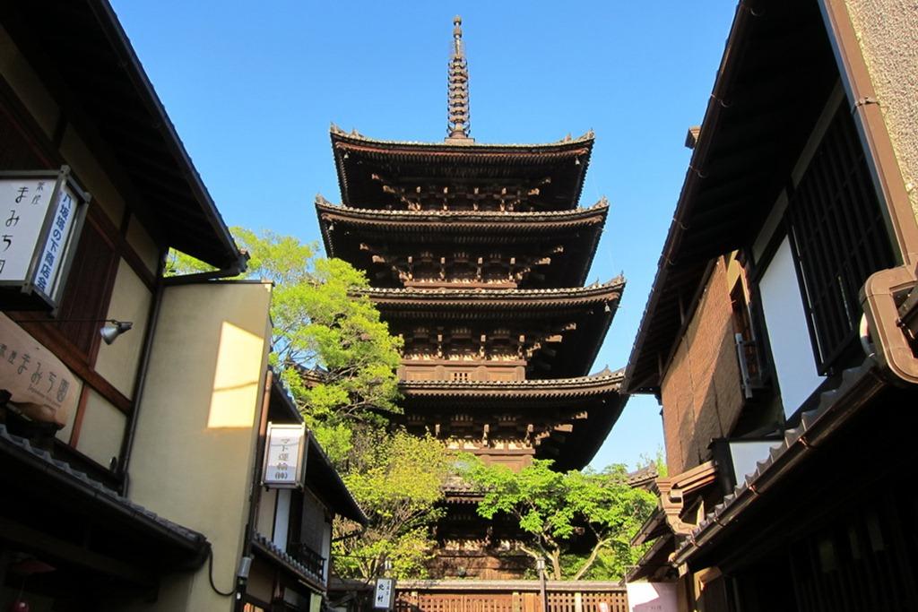 Pagoda 02