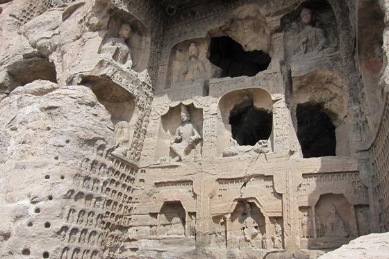 Ten Thousand Buddhas Cave