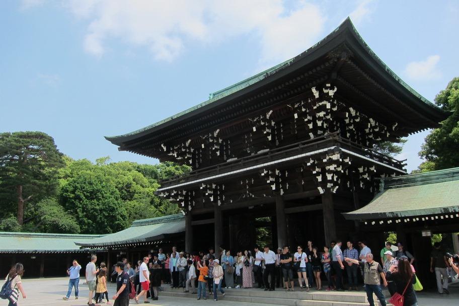 Touring the Main Sights in Tokyo: Meiji Shrine, Asakusa ...