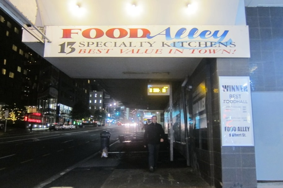 NZ---Auckland-Hotel-and-Food-Alley-0[37]