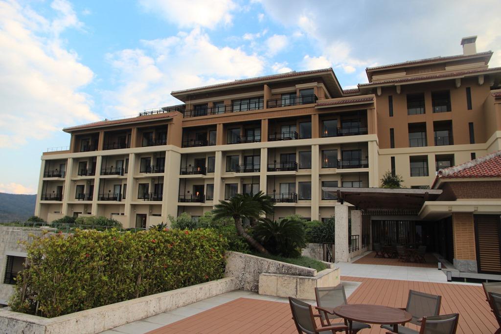 Ritz Carlton Okinawa 001