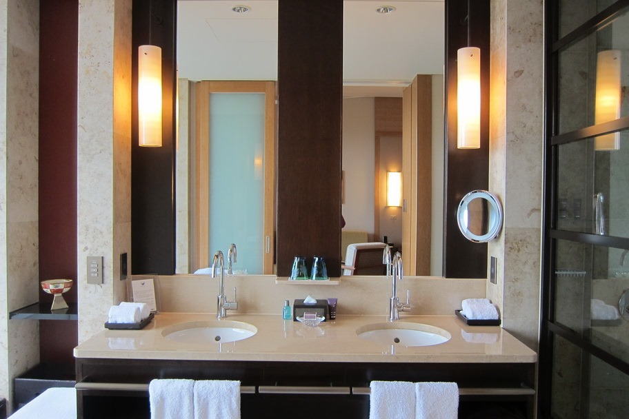Staying at the Luxurious RitzCarlton OkinawaThe Selfish Years