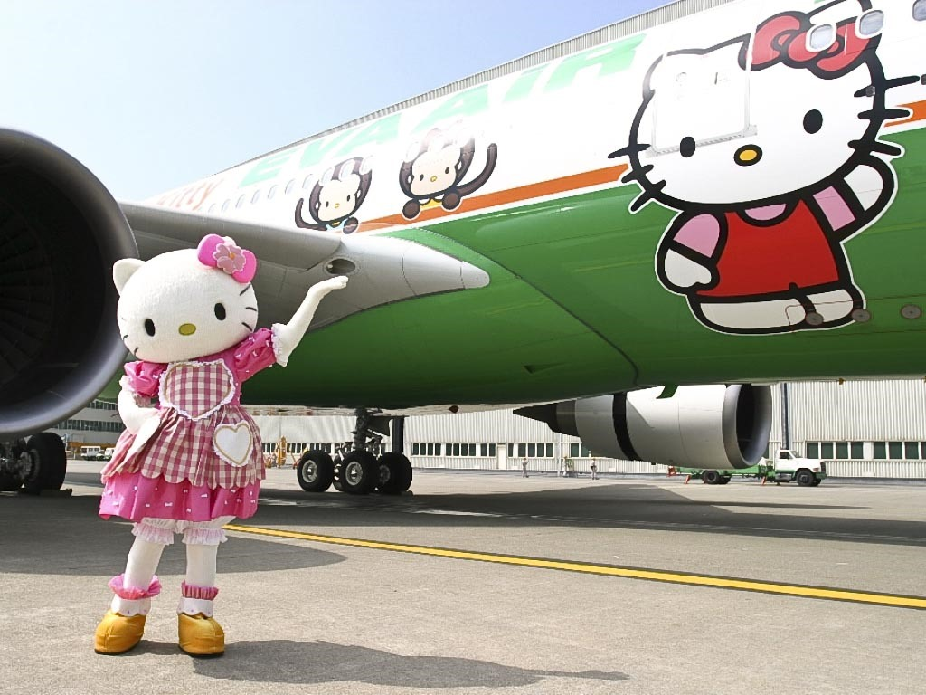 hellokitty-eva-air-hero
