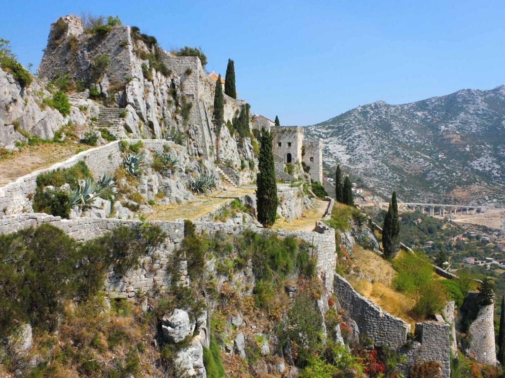 klis-fortress-near-the-croatian-city-of-split-is-where-the-show-filmed-daenerys-plotting-her-return-to-power