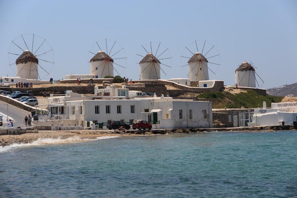 Trashy Greek Islands 022